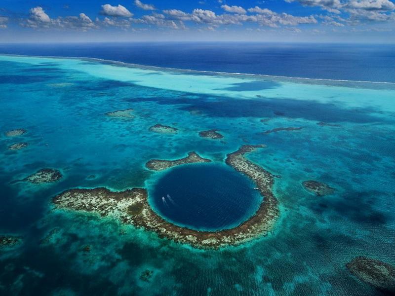 Ужасы глубин: топ-10 самых опасных мест для дайвинга
