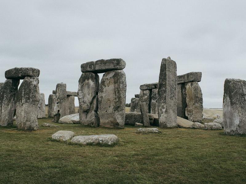 Чего не сделаешь ради фото: топ-5 мест, которые испортили туристы