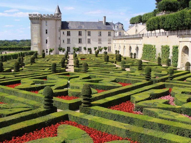 Сказочные замки: топ-10 самых интересных замков долины Луары