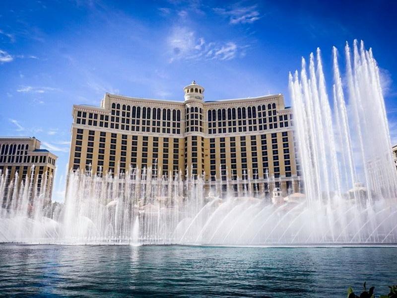 Невероятное зрелище: топ-7 самых необычных фонтанов мира