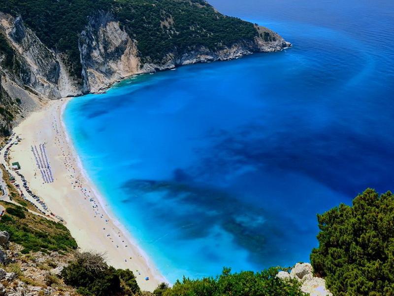 Белоснежный песок: топ-7 самых удивительных пляжей Греции