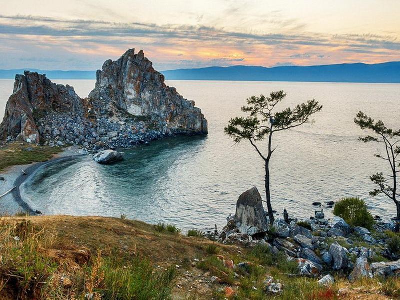 Мировые гиганты: топ-7 самых глубоких озер мира